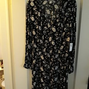 Long sleeve floral design dress
